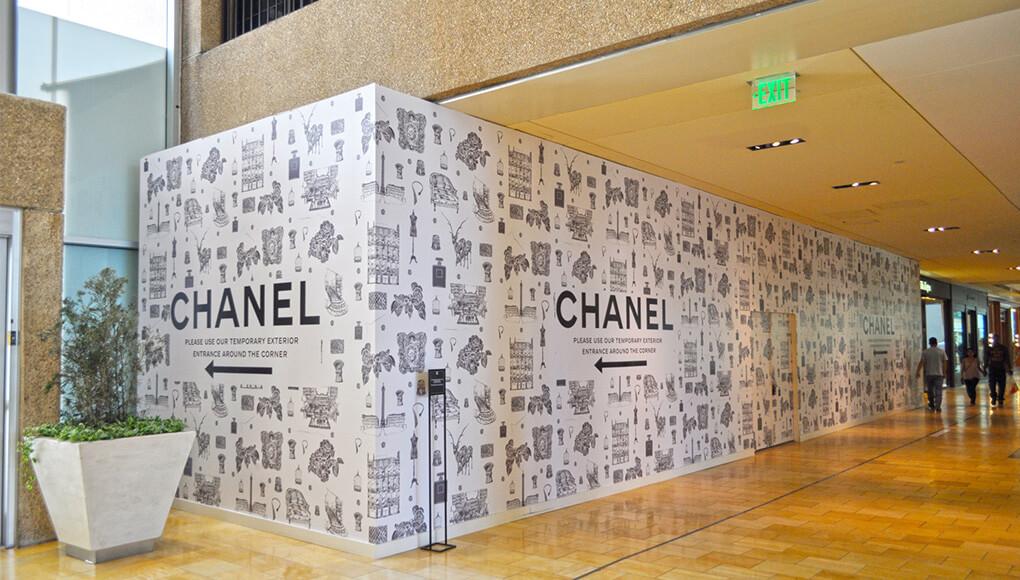 Impresión gran formato mural tienda próxima apertura