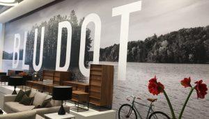 Impresión gran formato en papel wallpaper para decoración de tienda de muebles