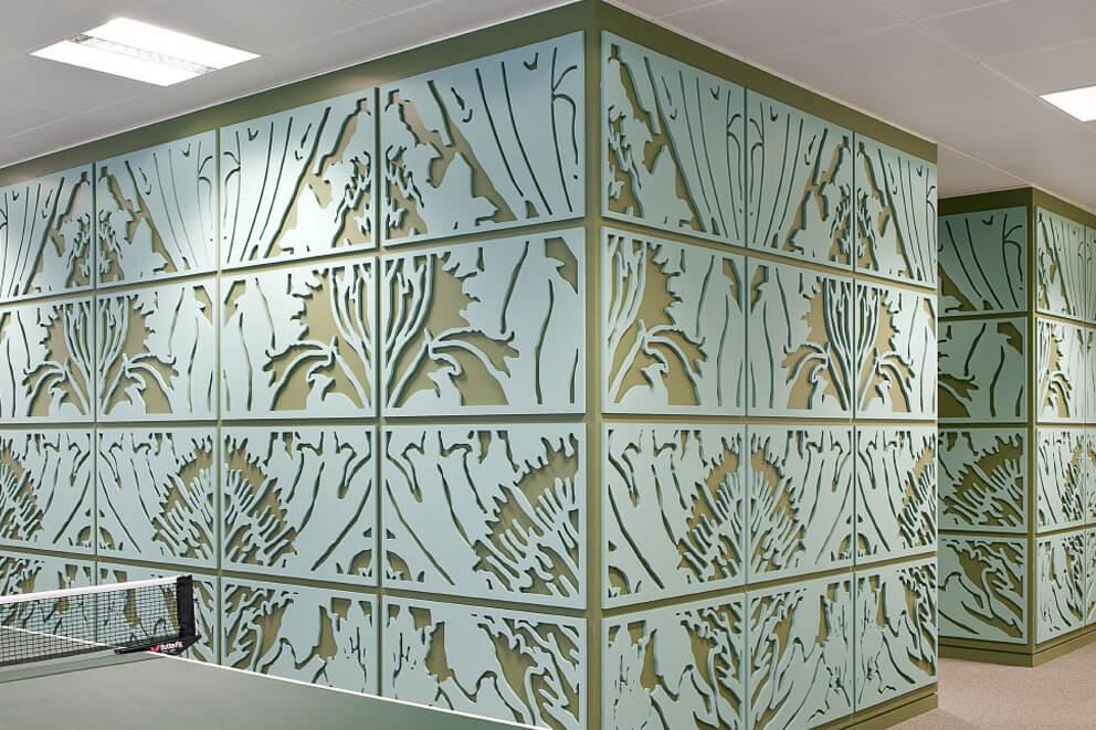 Panel decorativo en madera. Se puede realizar por corte láser o fresado.